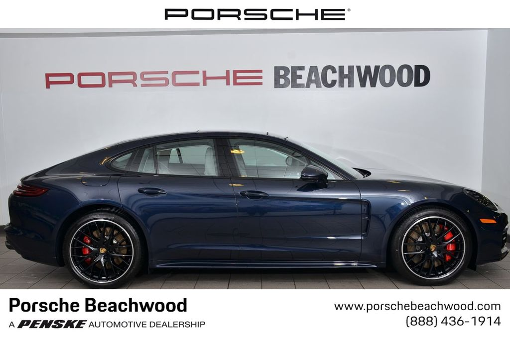 Pre-Owned 2018 Porsche Panamera Turbo