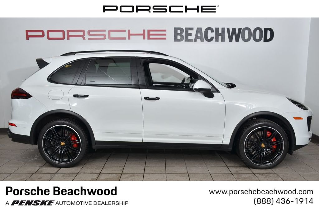 Certified Pre-Owned 2017 Porsche Cayenne Turbo AWD