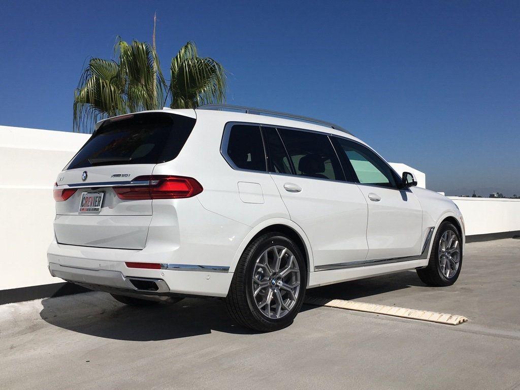 New 2019 BMW X7 xDrive50i Sports Activity Vehicle