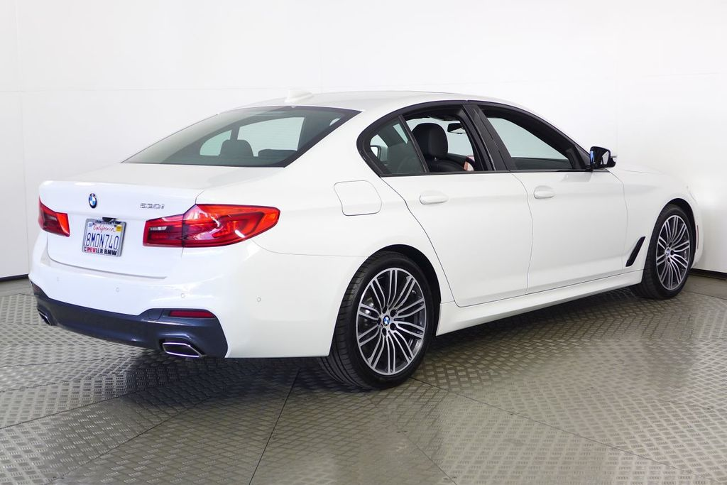 Pre-Owned 2019 BMW 5 Series 530i