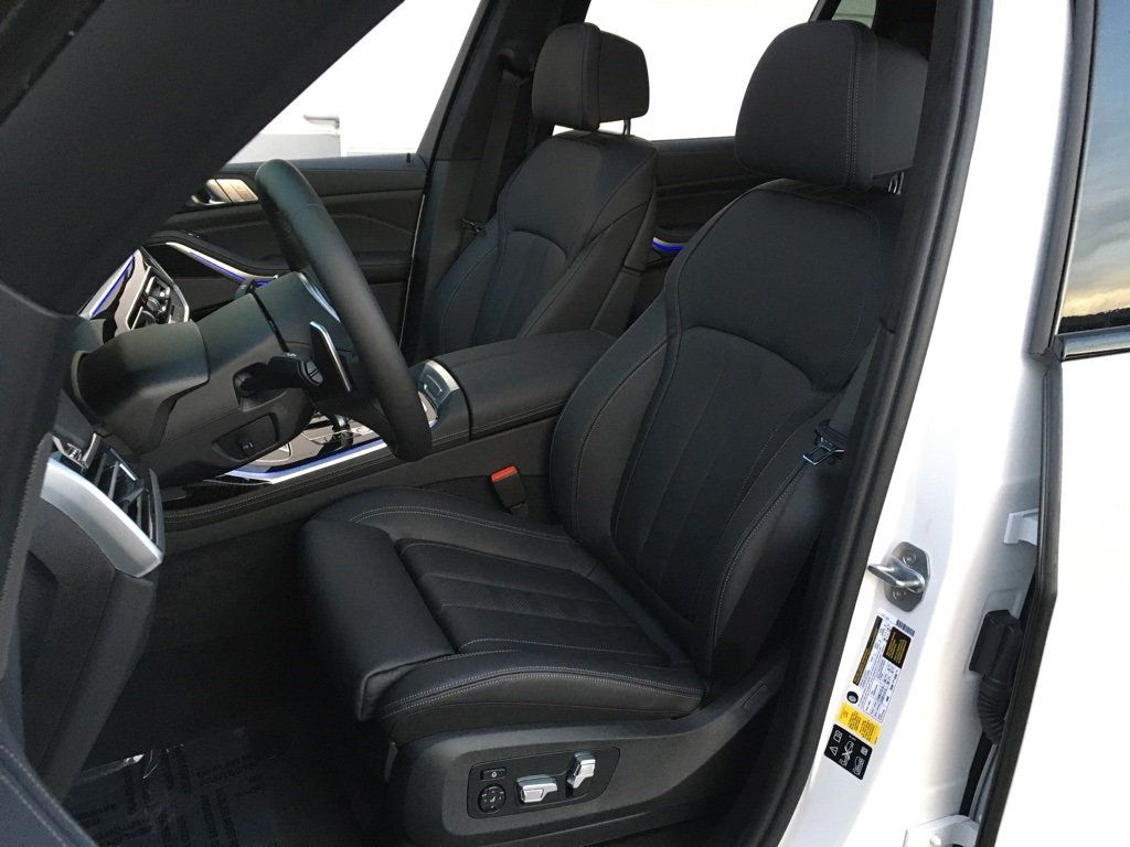 New 2020 BMW X7 M50i Sports Activity Vehicle