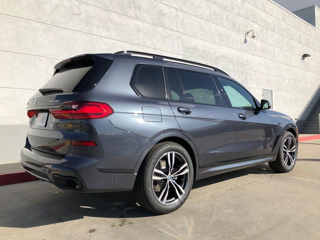 New 2020 BMW X7 xDrive40i Sports Activity Vehicle
