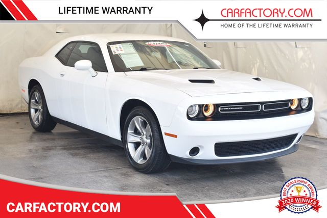 2017 Challenger Sxt >> 2017 Used Dodge Challenger Sxt Coupe At Car Factory Outlet Serving Miami Dade Broward Palm Beach Collier And Monroe County Fl Iid 17958533