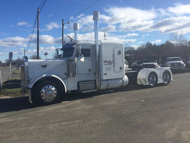 2007 Used Peterbilt 379EXHD at Country Commercial Center Serving Warrenton,  VA, IID 14570809