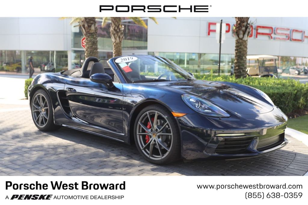 Pre-Owned 2019 Porsche 718 Boxster S Roadster