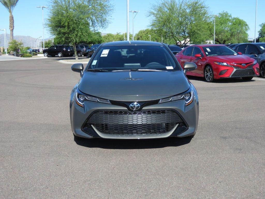 New 2020 Toyota Corolla Hatchback SE CVT