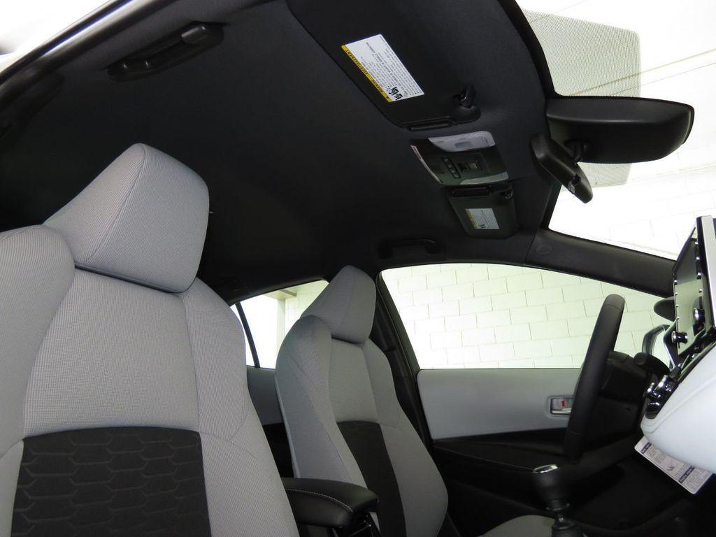 New 2021 Toyota Corolla Hatchback SE Manual