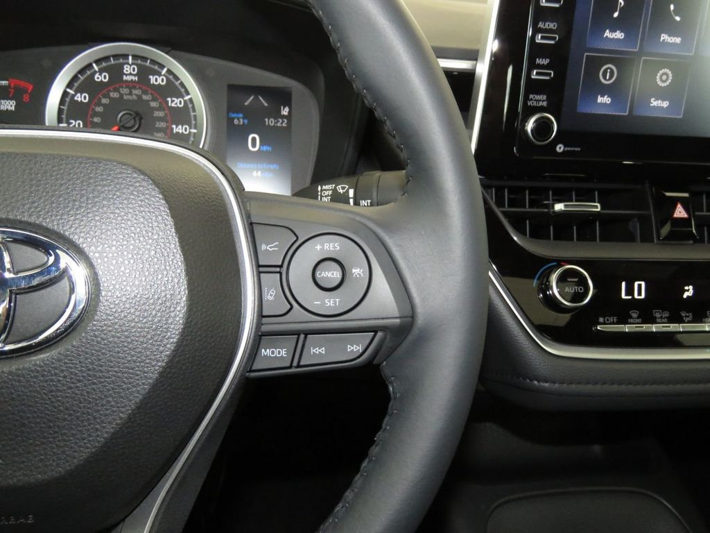 New 2021 Toyota Corolla SE Manual
