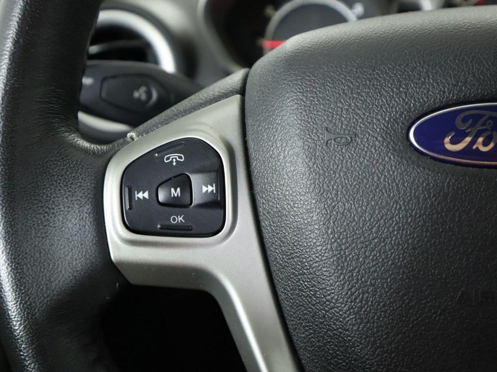 Pre-Owned 2012 Ford Fiesta 5dr Hatchback SES