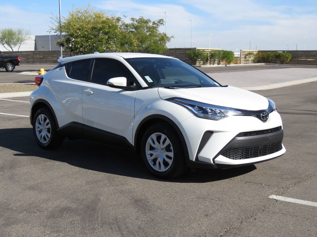New 2021 Toyota C-HR LE FWD