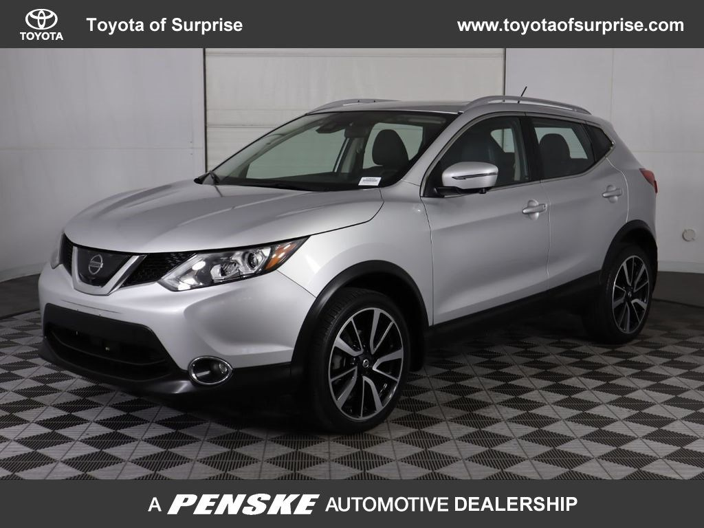Pre-Owned 2017 Nissan Rogue Sport FWD SL