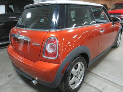 2011 MINI Cooper Hardtop 2 Door PREMIUM / 6 SPD - Click to see full-size photo viewer