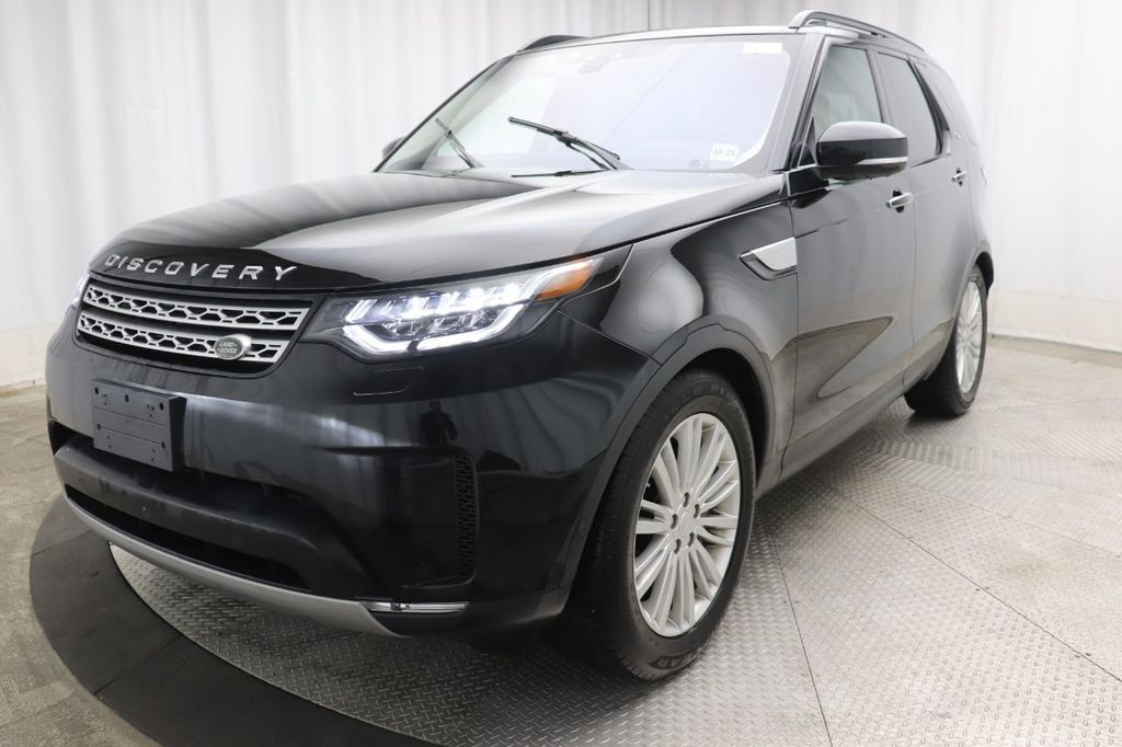 Pre-Owned 2018 Land Rover Discovery HSE Luxury V6 Supercharged