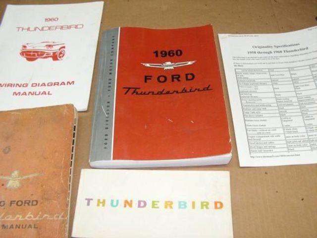 1960 Ford Thunderbird 9