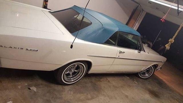 1966 Ford Galaxie 500 12