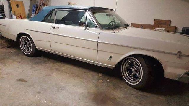 1966 Ford Galaxie 500 4