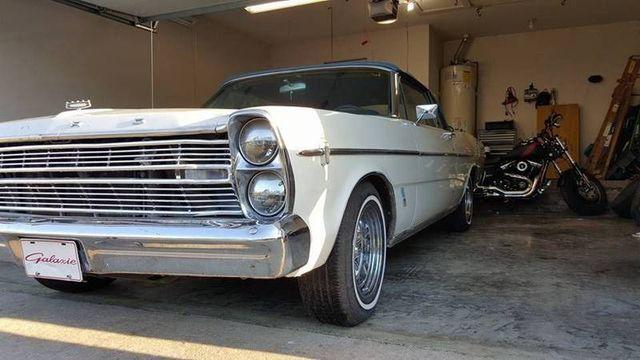 1966 Ford Galaxie 500 9