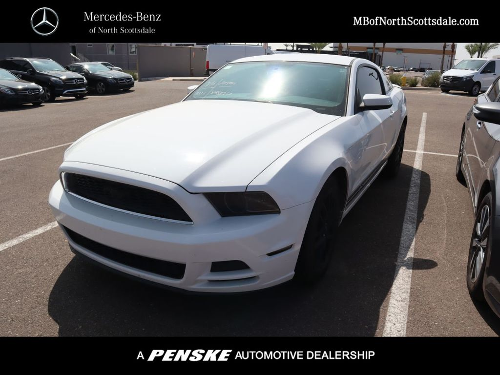 Pre-Owned 2014 Ford Mustang 2dr Coupe V6 Premium