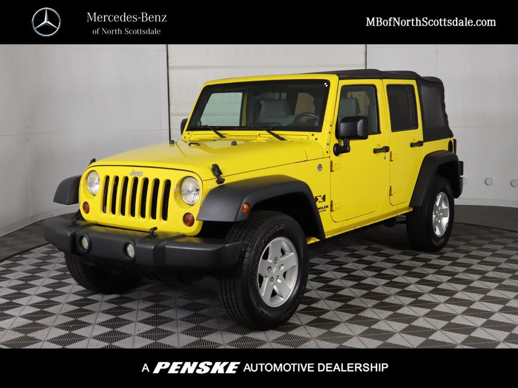 Pre-Owned 2009 Jeep Wrangler Unlimited 4WD 4dr X