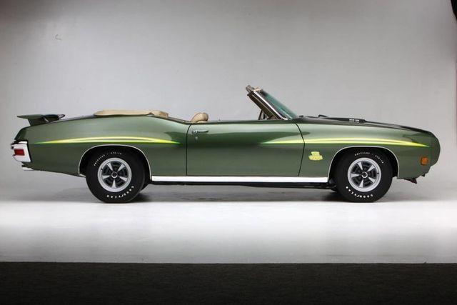 1970 Pontiac GTO Judge 46
