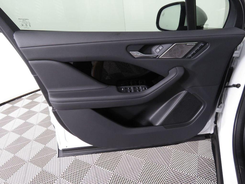 New 2020 Jaguar I-PACE SE AWD