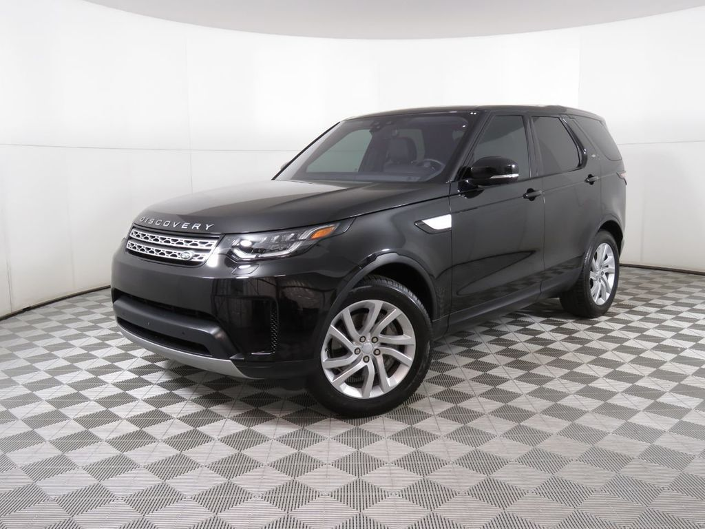 Certified Pre-Owned 2018 Land Rover Discovery COURTESY VEHICLE