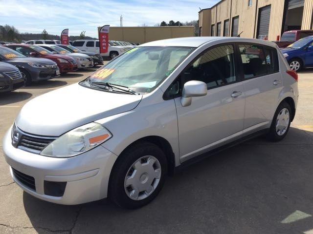 2009 Used Nissan Versa 5dr Hatchback I4 Automatic 1 8 S at Birmingham Auto  Auction of Hueytown, AL, IID 18650734