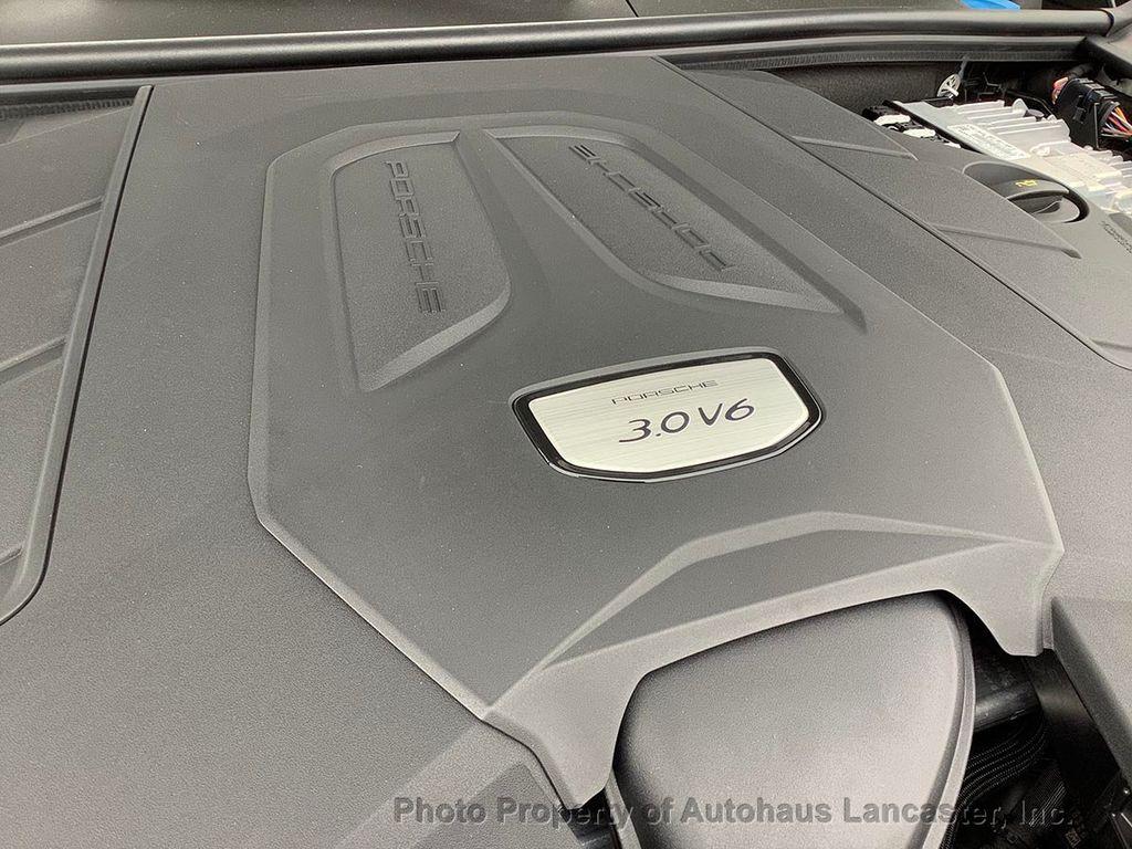 Pre-Owned 2020 Porsche Cayenne DEALER DEMO- UNDER 100 MILES!!