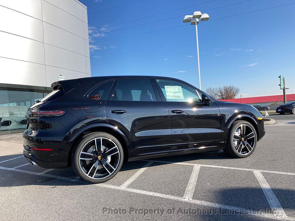 New 2021 Porsche Cayenne Turbo Coupe AWD