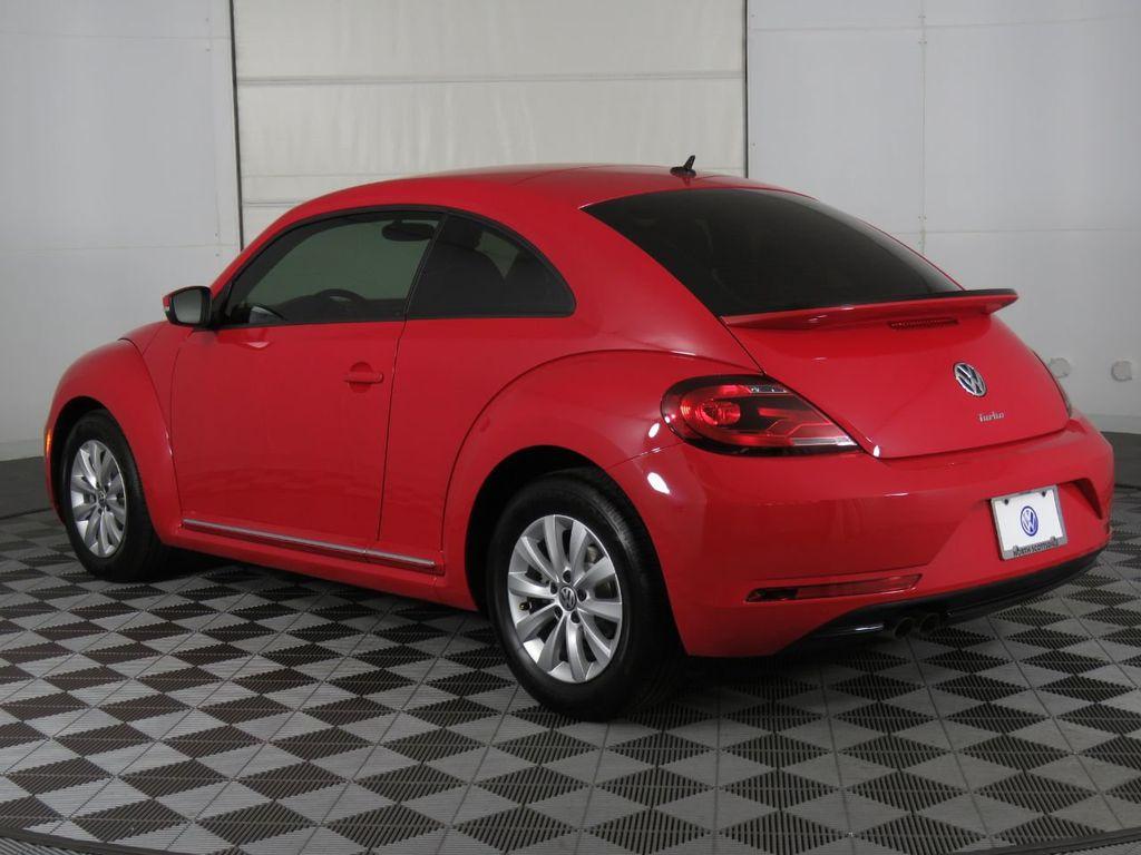 New 2019 Volkswagen Beetle S Automatic