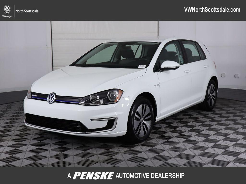 Certified Pre-Owned 2016 Volkswagen e-Golf SE 4dr Hatchback