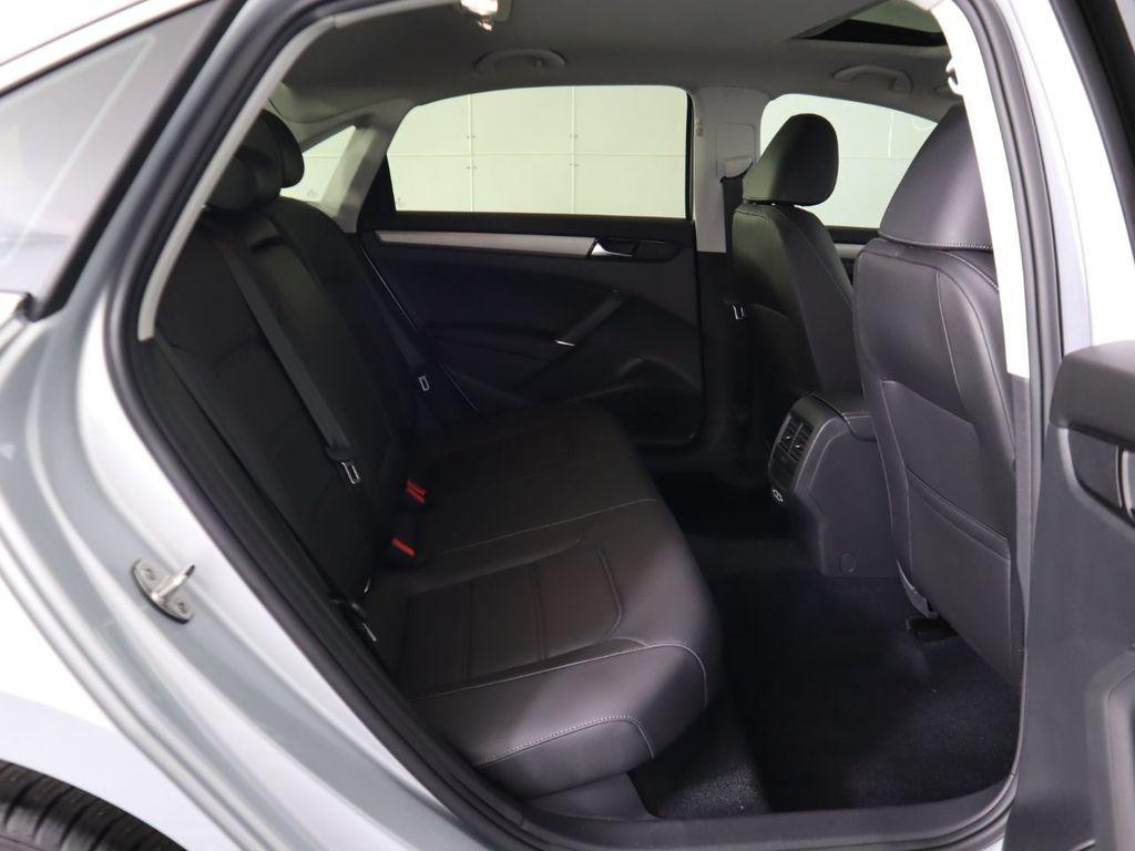 New 2020 Volkswagen Passat 2.0T SE Automatic