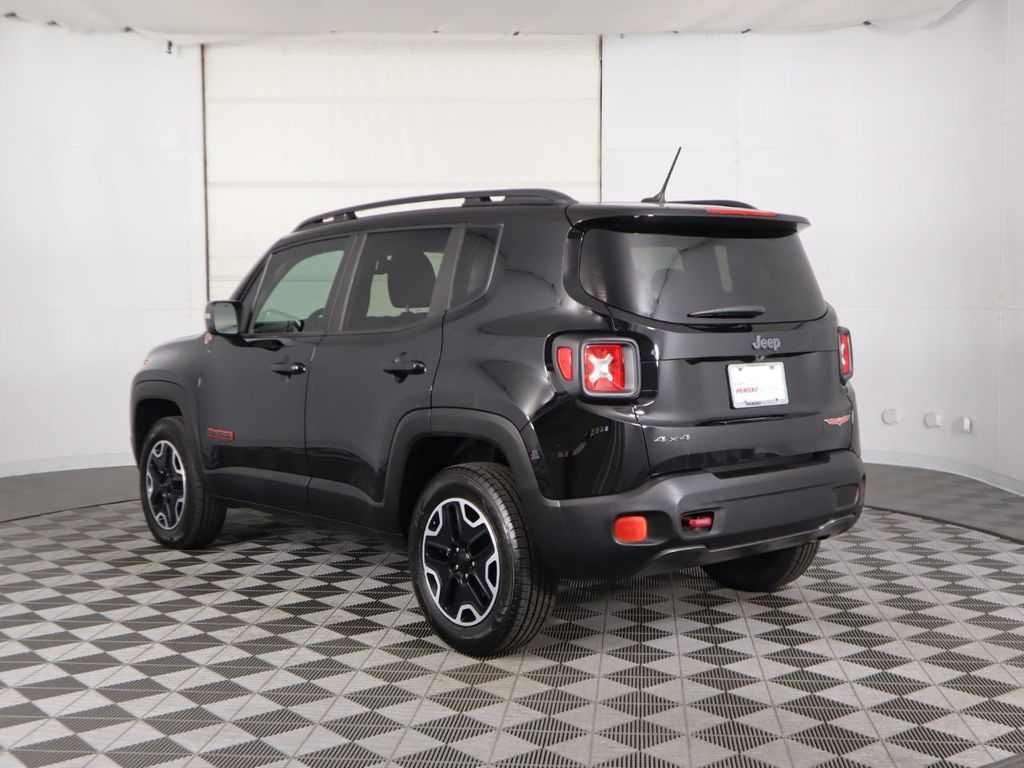 Pre-Owned 2017 Jeep Renegade Trailhawk 4x4