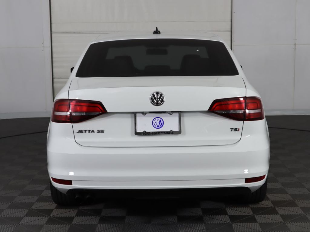 Certified Pre-Owned 2017 Volkswagen Jetta 1.4T SE Automatic
