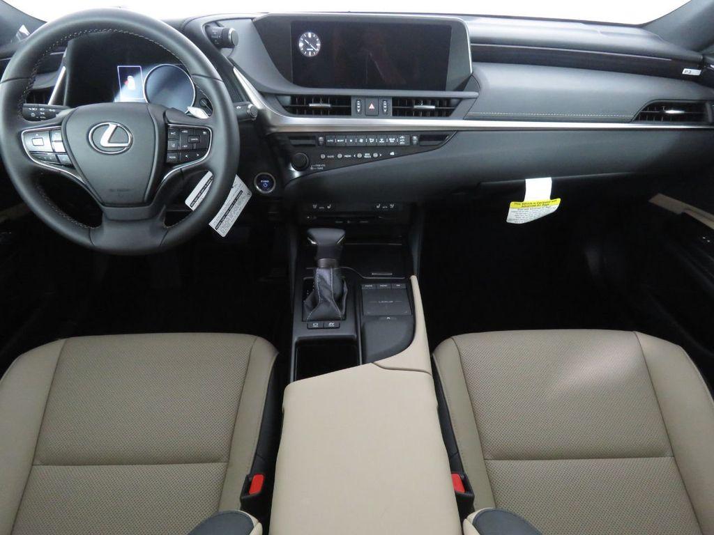 New 2020 Lexus ES ES 300h FWD