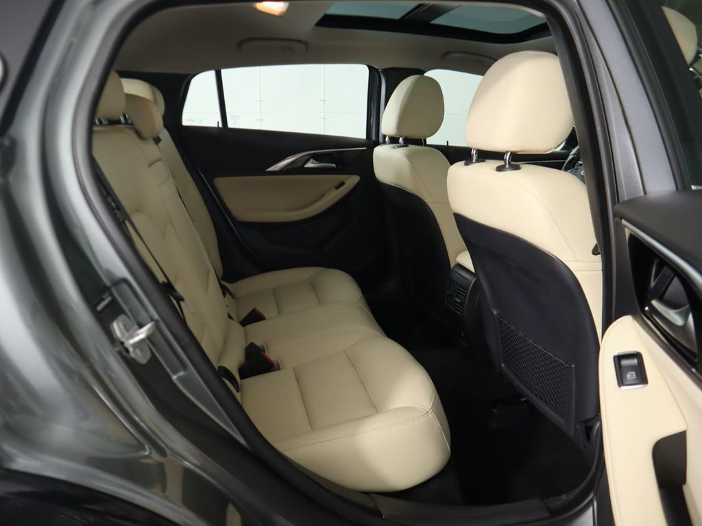 Pre-Owned 2018 INFINITI QX30 Premium FWD