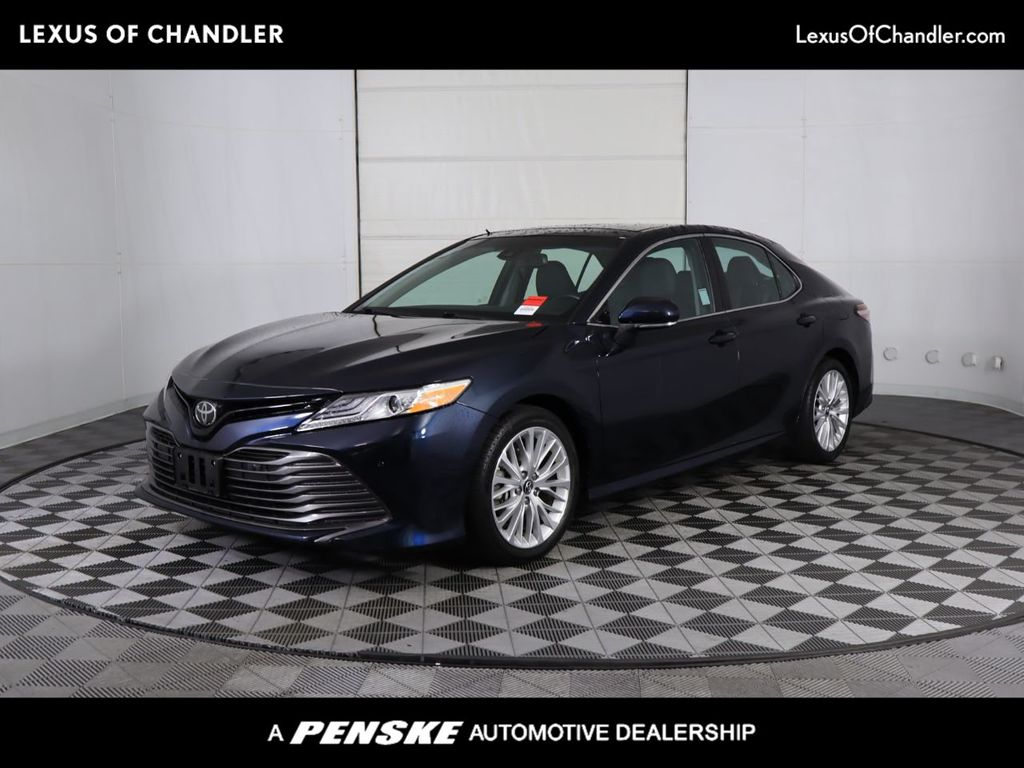 Pre-Owned 2018 Toyota Camry XLE Automatic Front Wheel Drive Sedan