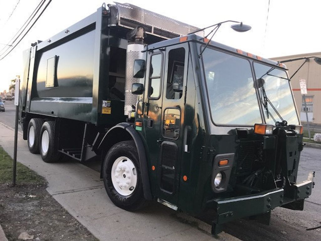 2008 Mack LE 613 REAR LOADER 25 YARD PACKER PRIVATE SANITATION  **  RECYCLE **  LETS SAVE THE WORLD - 16212874