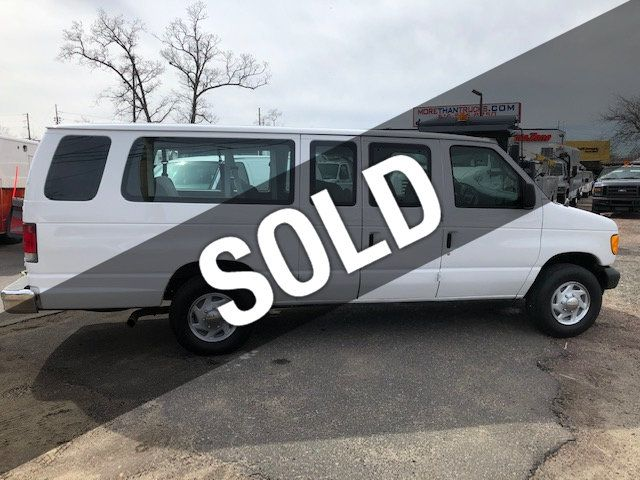 Ford 15 Passenger Van >> 2005 Used Ford E 350 Extended 15 Passenger Van Fully Equipped Everbody Rides At More Than Trucks Serving Massapequa Ny Iid 18745179