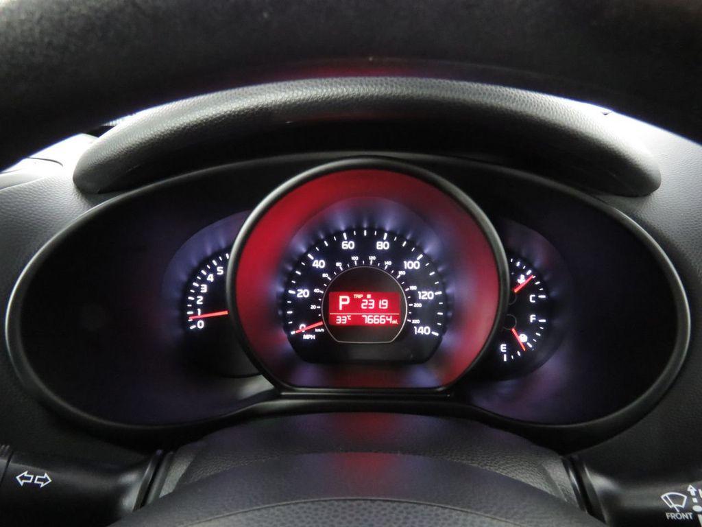 Pre-Owned 2016 Kia Soul 5dr Wagon Automatic