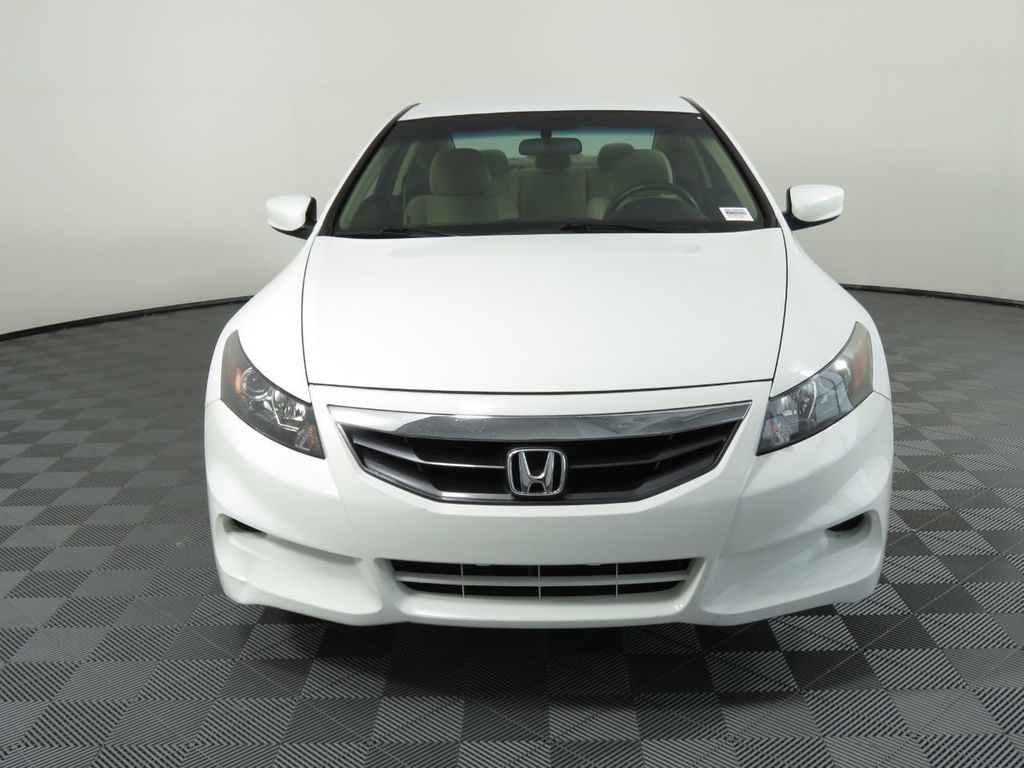 Pre-Owned 2011 Honda Accord Coupe 2dr I4 Automatic LX-S