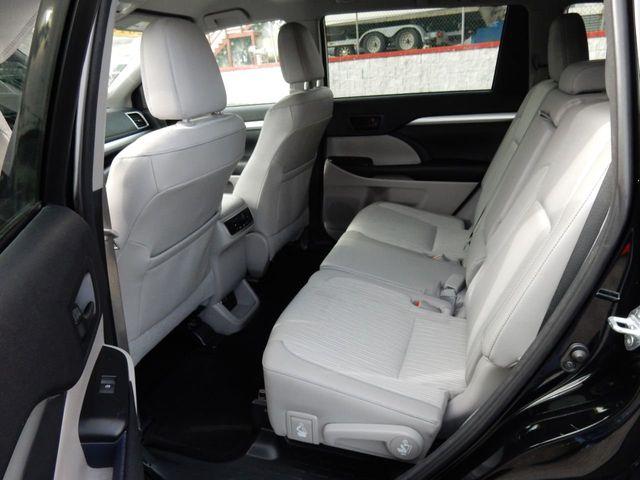 Used 2016 Toyota Highlander