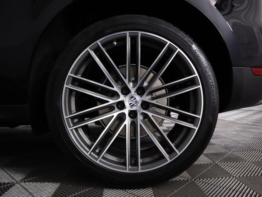New 2020 Porsche Macan AWD