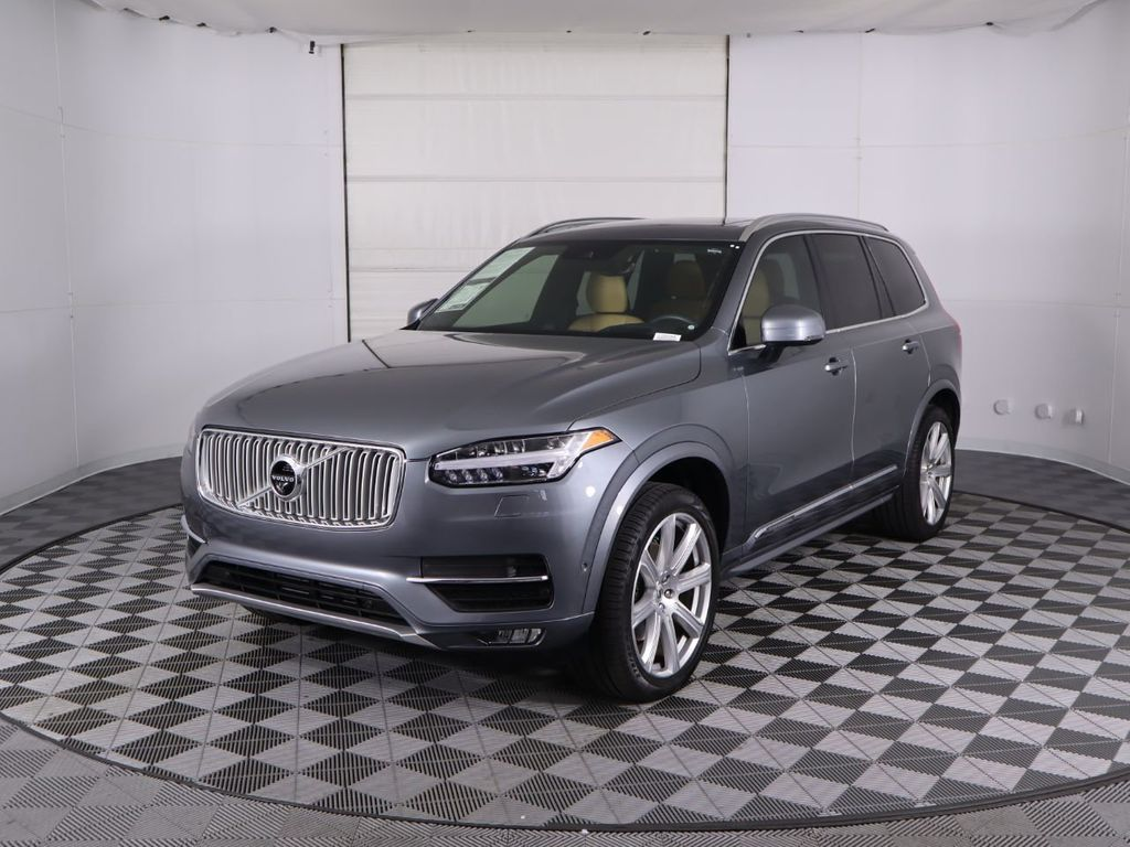 Pre-Owned 2019 Volvo XC90 T6 AWD Inscription