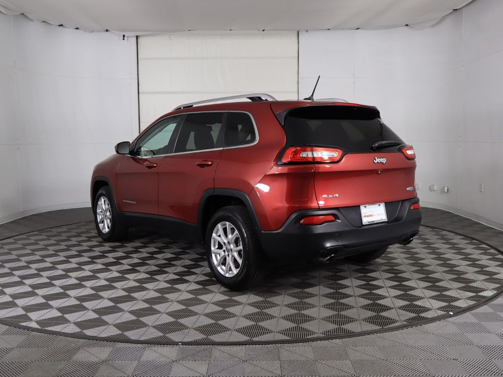 Pre-Owned 2014 Jeep Cherokee 4WD 4dr Latitude