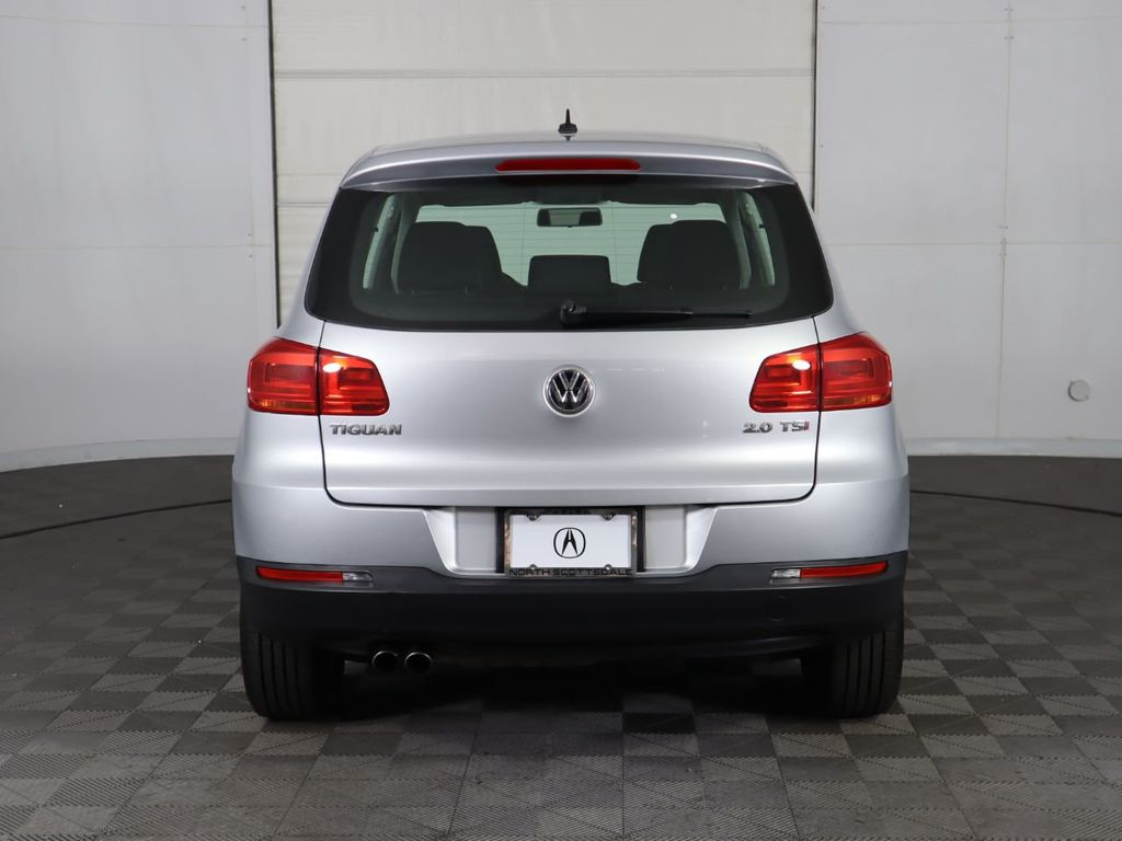 Pre-Owned 2013 Volkswagen Tiguan 2WD 4dr Automatic S