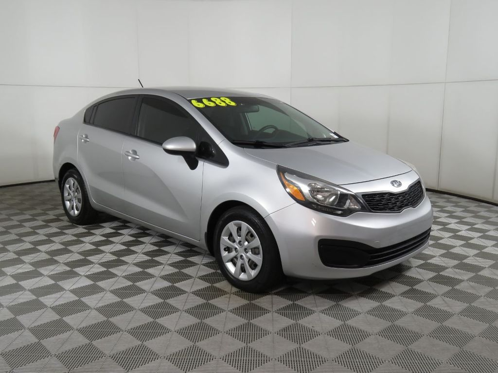 Pre-Owned 2013 Kia Rio 4dr Sedan Automatic LX