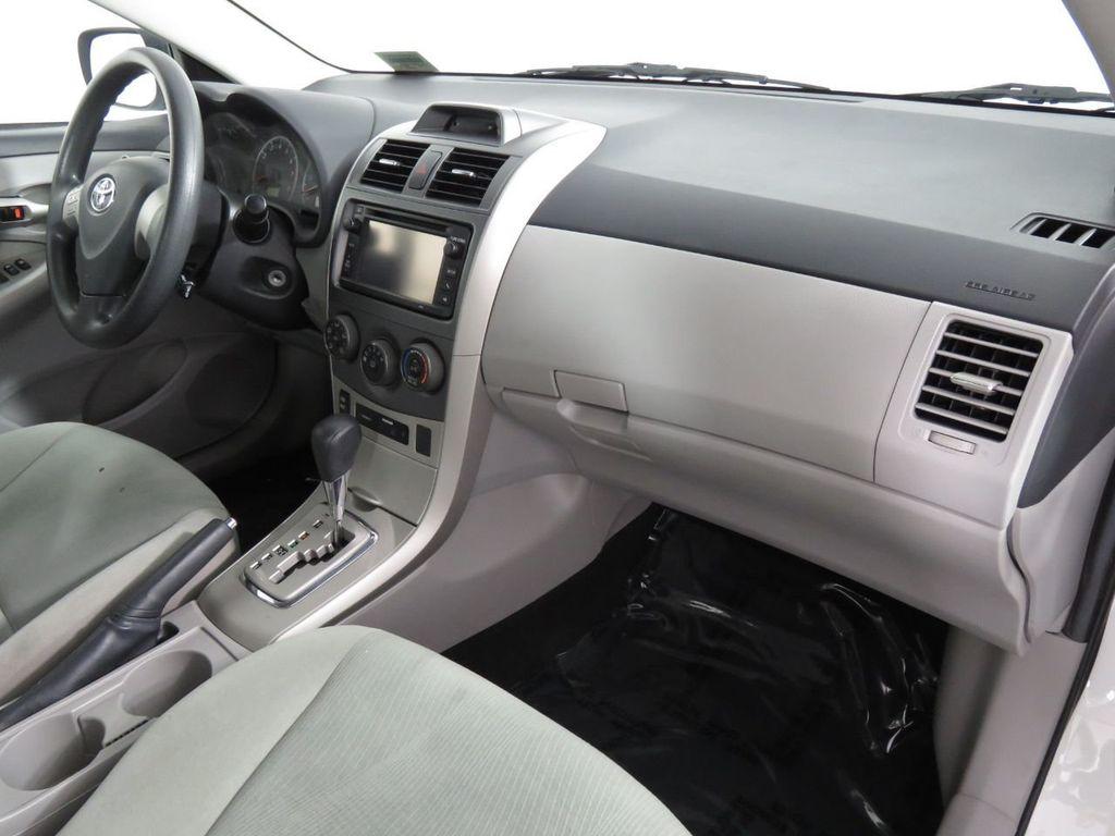 Pre-Owned 2013 Toyota Corolla 4dr Sedan Automatic LE
