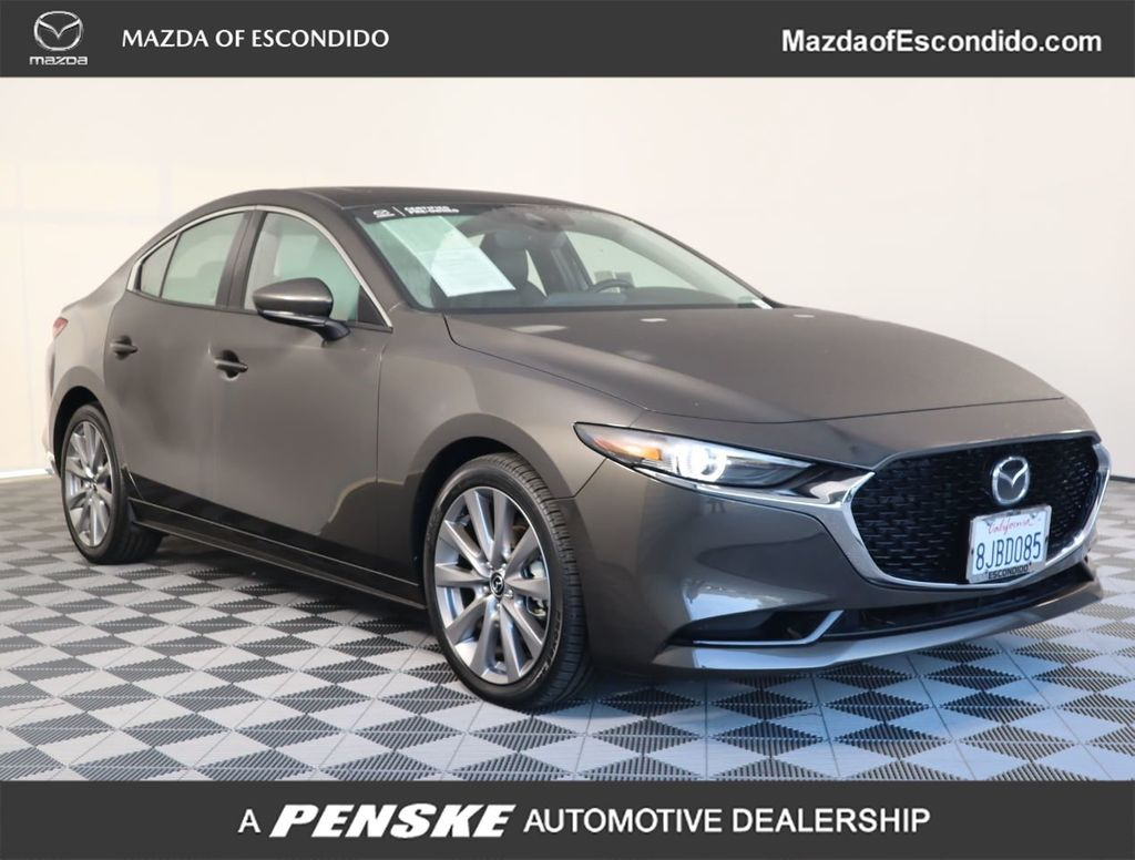 Certified Pre-Owned 2019 Mazda3 4-Door FWD w/Preferred Pkg