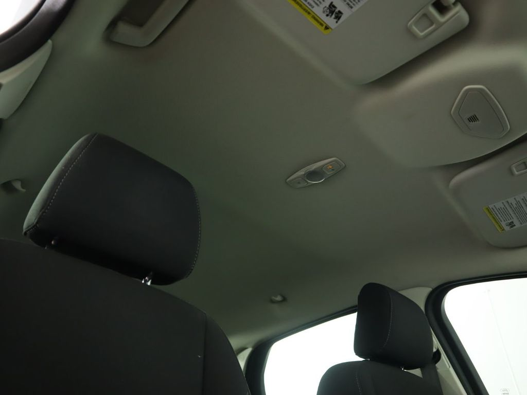 Pre-Owned 2016 Ford Focus 4dr Sedan SE